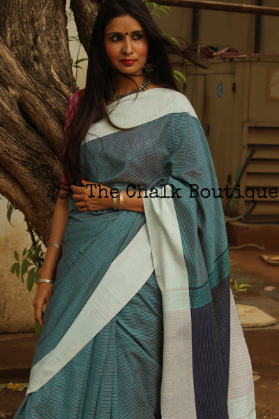 | Checked-In | Handloom Self design small checked woven Cotton saree with contrast paar.TS3352-The Chalk Boutique