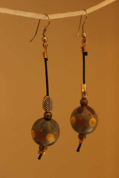 Drop earrings. ERR-OCT-23B