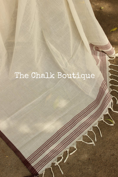 Off White 'handloom mark' handwoven begumpuri saree with thin brown contrast border. TCB-PI4-C2-BG-The Chalk Boutique