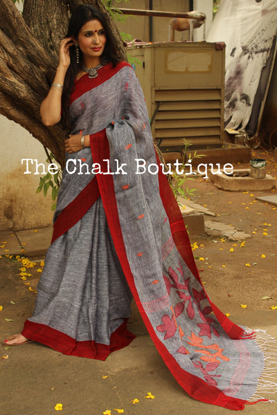 | Foggy Mornings| - Jamdani Grey linen saree with Jamdani pallu. NF-LJ1-C6-The Chalk Boutique