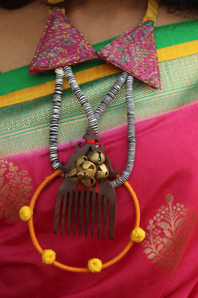 Kantha Fabric With Wooden Comb Necklace with Adjustable Dori. AN111B