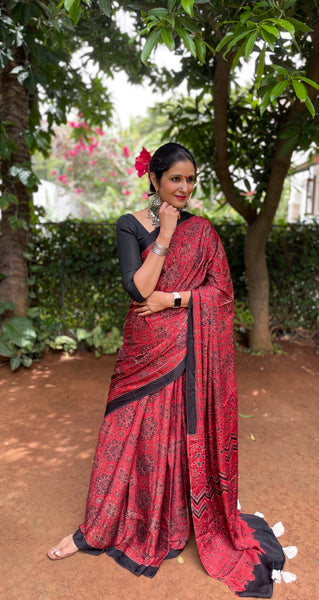 Cotton saree with shibori borders . TS 3745