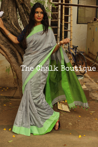 Grey cotton Saree with contrast striking green border. TCB-CT2-CY1