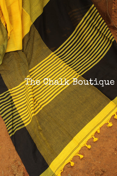Yellow cotton Saree with thread tassels on border and pallu. TCB-POM1-CY1