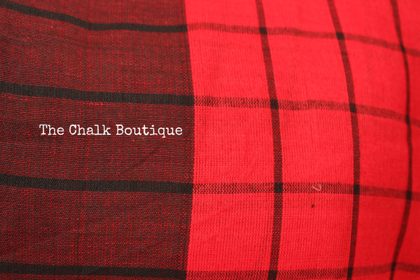 Red and Black Checked cotton Saree with tasseled palla. TCB-CHK1-CY1