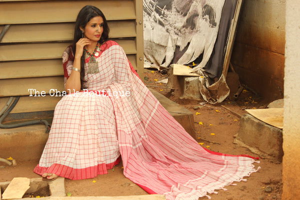 White and Red Checked cotton Saree with tasseled palla. TCB-CHK3-CY1