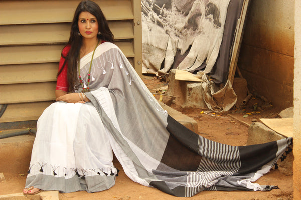 White and Grey cotton Saree with thread tassels on border and pallu. TCB-POM7-CY1-The Chalk Boutique