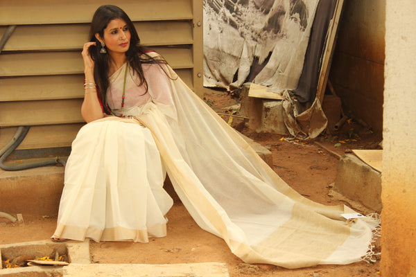 | Banana Smoothie | Off White Handloom Cotton saree with contrast gicha paar. TCB-AG5-BN