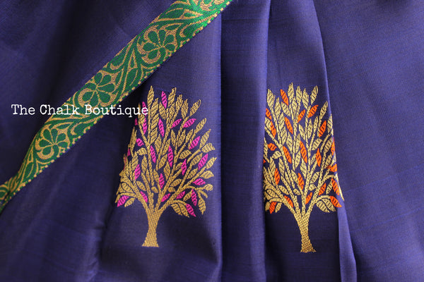Deep Blue Pure Kanjeevaram Silk Saree with contrast thin border and tree bootas. TCB-JR3132