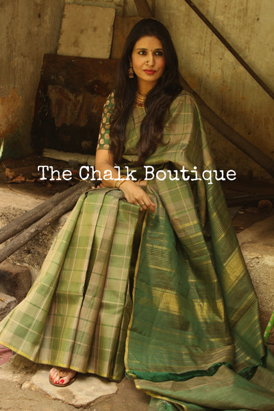 Green Exquisite small checked Pure Kanjeevaram Silk Saree with contrast border and pallu. TCB-JR5184