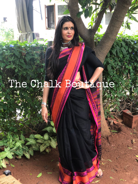 | Black Beauty| Black handloom mark' handwoven begumpuri saree with dobby naksha.
