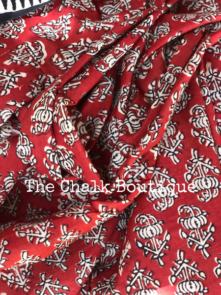 | Kapas| Red Traditional Dabu Handblock printed Cotton saree.