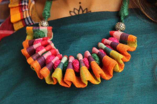 Adjustable and reversible Multi color ruffled fabric necklace with beads. CC-FNP1-C2