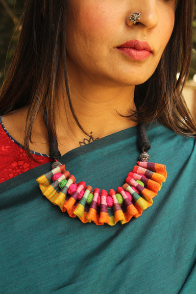 Adjustable and reversible Multi color ruffled fabric necklace with beads. CC-FNP5-C2
