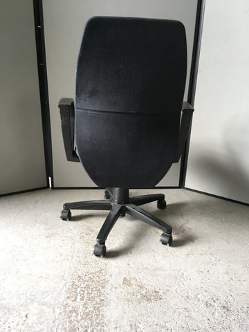 Black 'IBM' operator chair