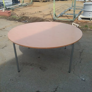 Large wood effect circular table