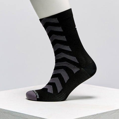 Huez Socks - Grey and Red