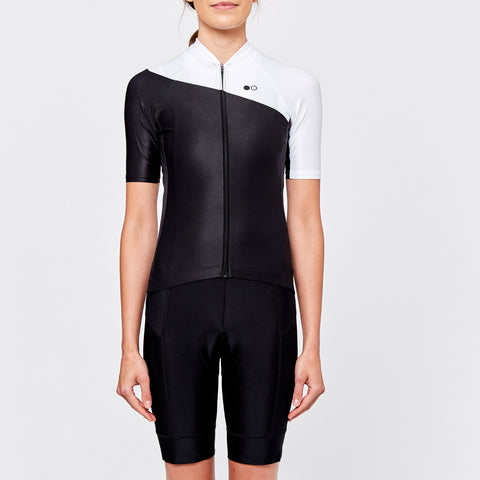 womens black and white cycling jersey