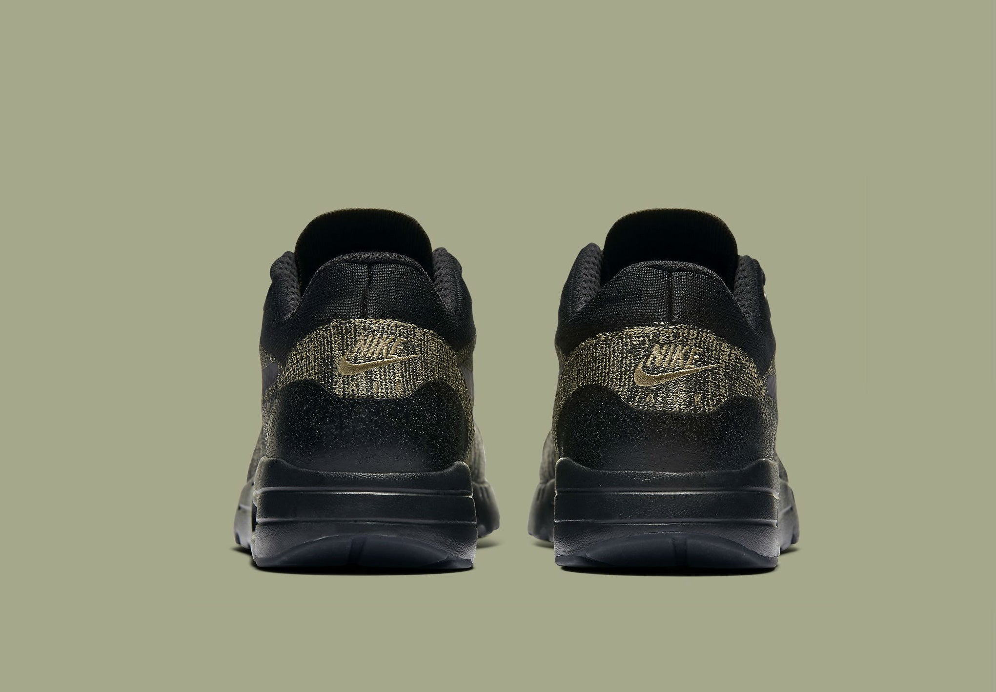 Shop Now Mens Nike Air Max 1 Ultra Flyknit 856958 203