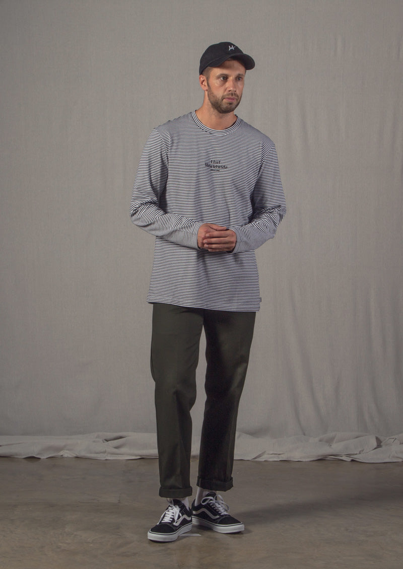 Styled V2.01 featuring Dickies d2c3e9372