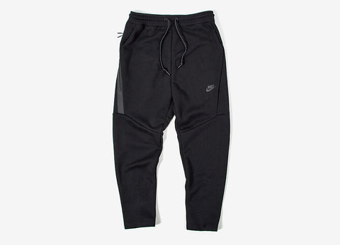 Nike Tech Fleece Cropped Pants - Black