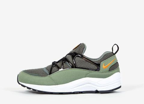 Nike Air Huarache Light Shoes - Jade Stone/Clementine-Black