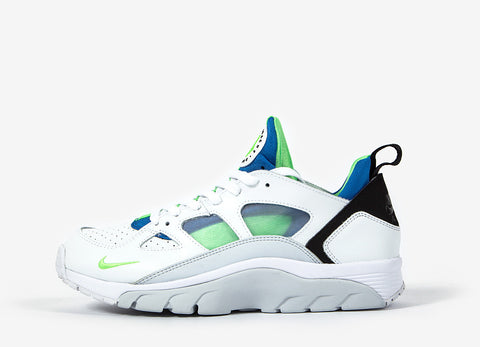 Nike Air Trainer Huarache Low Shoes - White/Scream Green