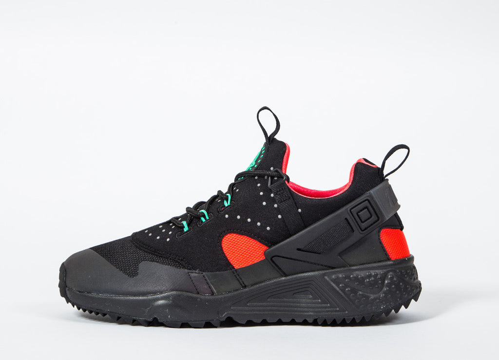 Nike Air Huarache Utility PRM Shoes - Black/Black-Bright Crimson