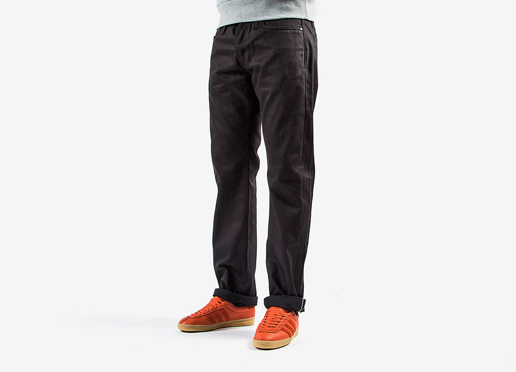 The Unbranded Brand UB255 Tapered Fit Selvedge Denim Jeans - Black