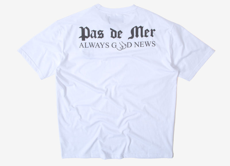 Pas de Mer Good News T Shirt - White