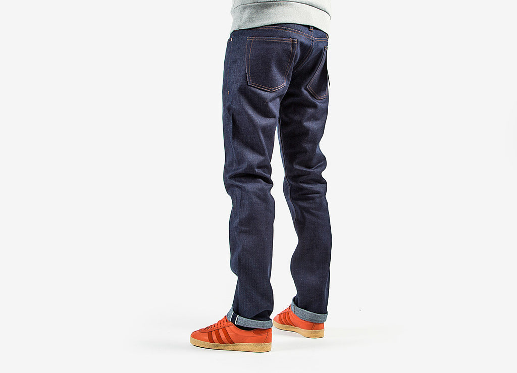 The Unbranded Brand UB221 Tapered Fit 21 o/z Selvedge Denim Jeans - Indigo