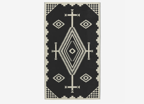 Pendleton Oversized Jacquard Beach Towel - Los Ojos Black