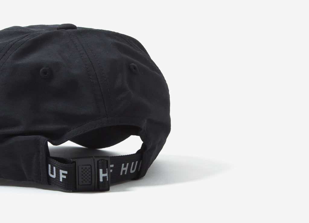HUF Triple Triangle Curved Visor 6 Panel Cap - Black/Yellow - FW17