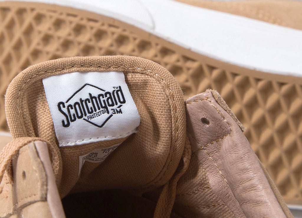 Vans Old Skool 'Pig Suede' Shoes - Porcini/Blanc