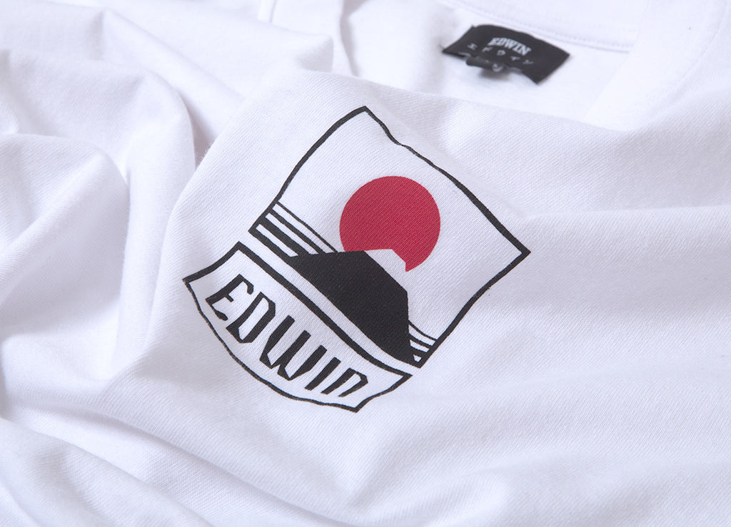 Edwin Sunset On Mt Fuji T Shirt - White Garment Washed