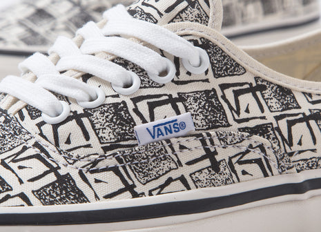 Vans Authentic 44 DX 'Anaheim Factory' Shoes - OG White/Square Root