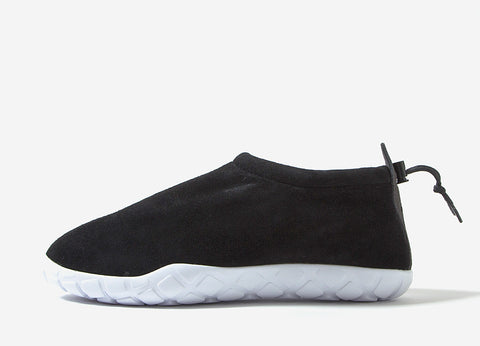 Nike Air Moc Ultra Shoe - Black/Anthracite-White