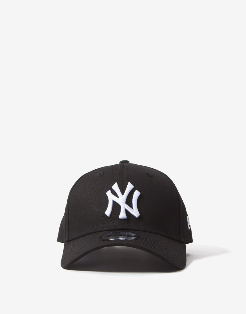 New Era MLB 9Forty Essentials Yankees Cap - Black/White