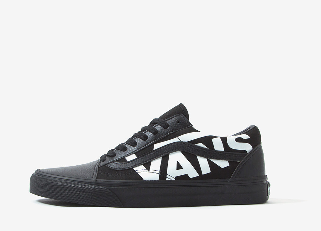 Vans Old Skool  Oversized Logo  Shoes - Black ed9aaa46c