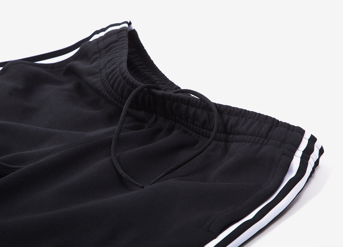 adidas Originals Lockup Long Short - Black