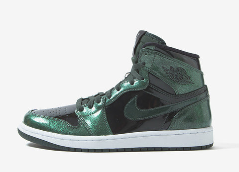 Air Jordan 1 Retro High Shoes - Grove Green/Black-White