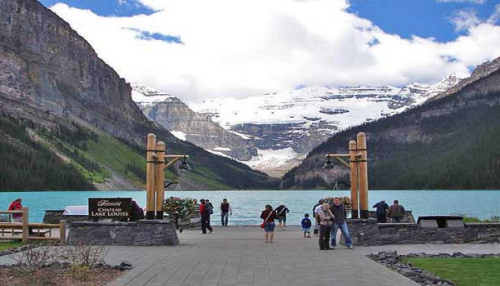 Lake Louise Town Of 4 Aces Taxi Guide To Canmore