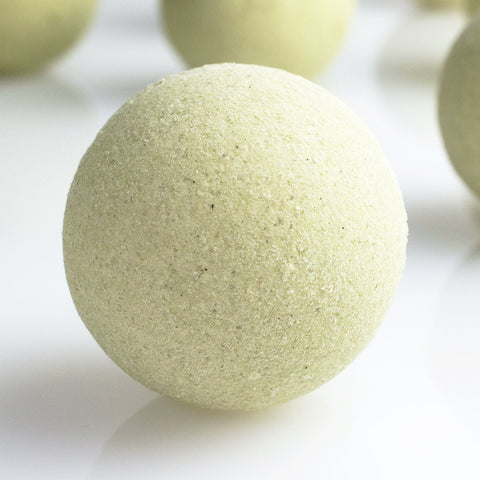 BATH BOMB - matcha & peppermint