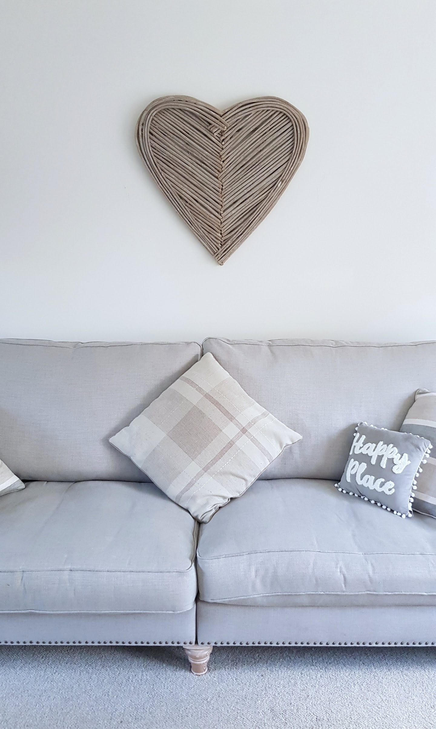 Handmade Wicker Heart Wall Art Indoor/Outdoor - 70cm x 70cm