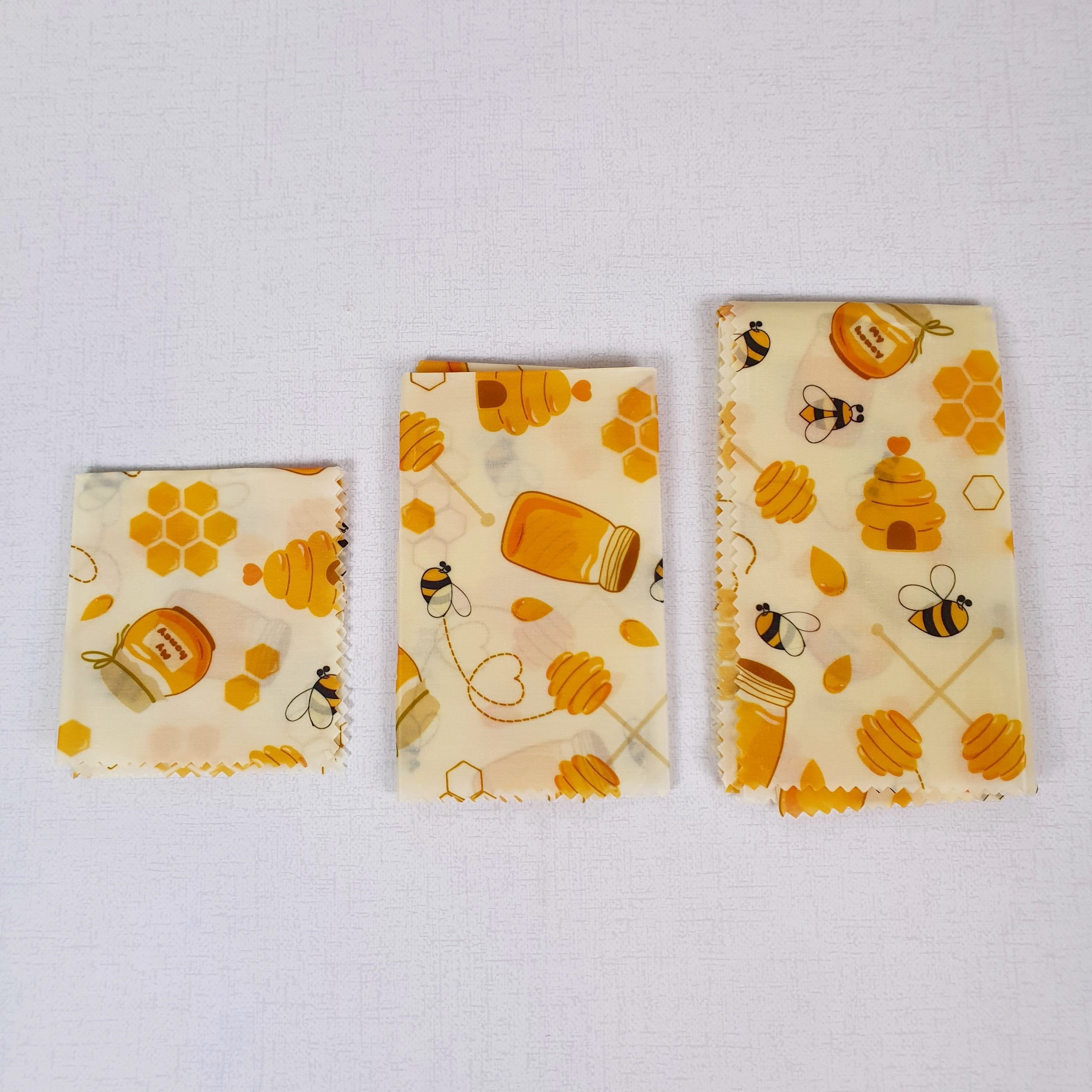 Natural Beeswax Sandwich Wrap Set on Table