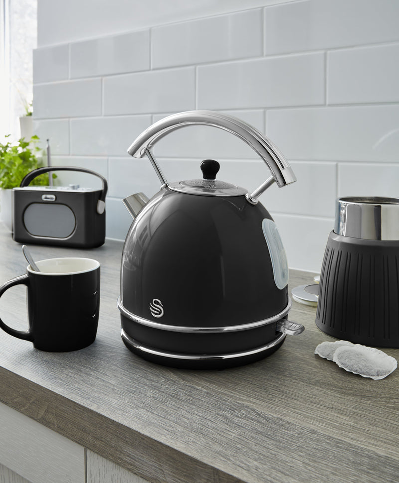 Swan 1.7 Litre Retro Dome Kettle