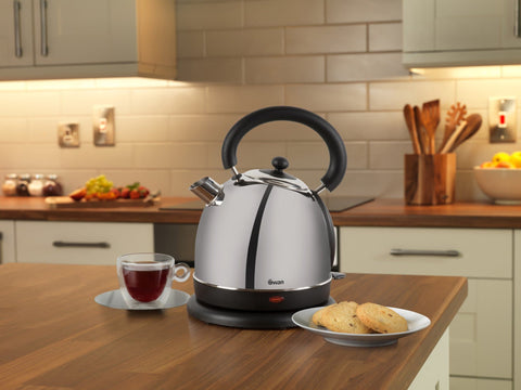 Swan 1.8 Litre Traditional Kettle