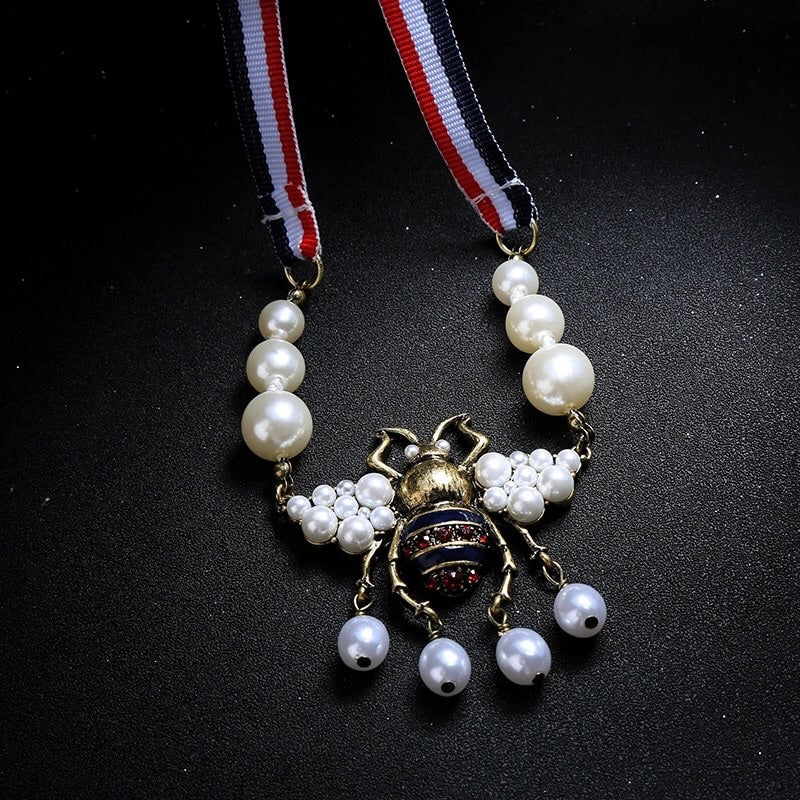 'Bumblebee' Necklace