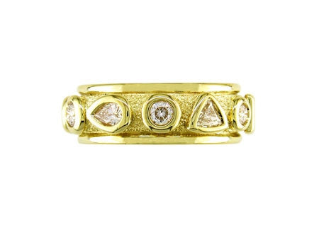 YELLOW GOLD DIAMOND 10-STONE RING
