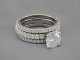 ROUND DIAMOND RING WITH PAVE BAND